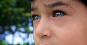 Quais os problemas de visão enfrentados pelas crianças durante o isolamento?